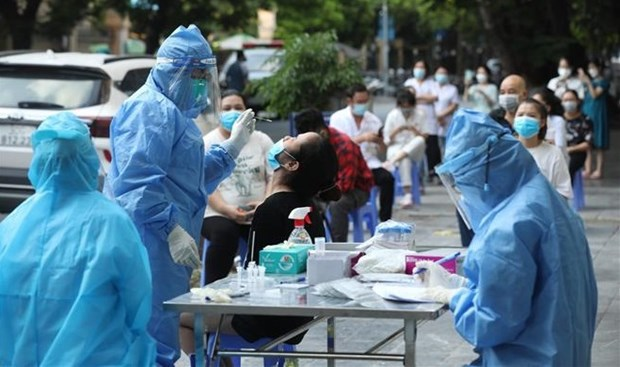 New COVID-19 outbreak in Hanoi reports 28 cases as of October 2 morning hinh anh 1