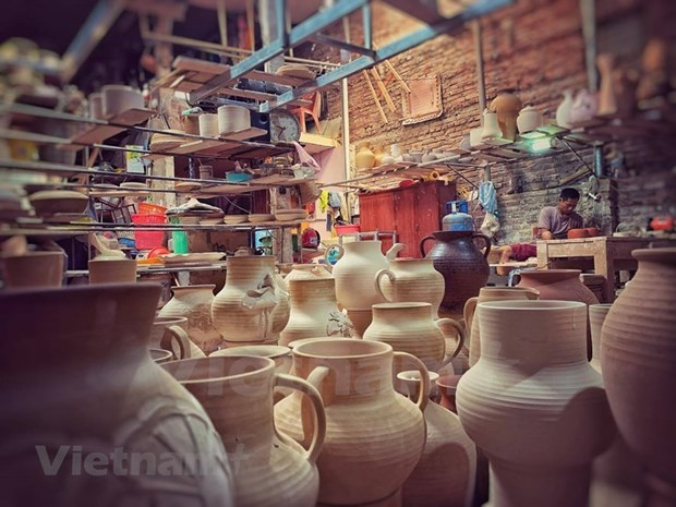 Hanoi's craft villages urged to resume production hinh anh 1