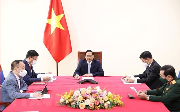 Prime Minister holds online talks with Turkish Vice President hinh anh 1