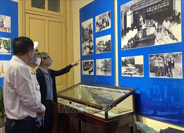 Exhibition marks 60th anniversary of Ho Chi Minh Trail at Sea hinh anh 3