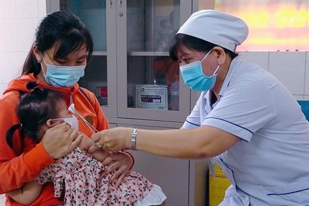 HCM City resumes immunisation programmes for children hinh anh 1