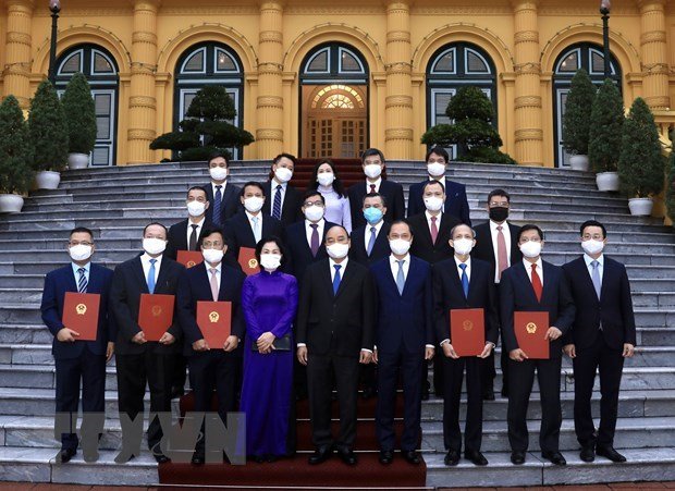 President tasks diplomats with external resources mobilisation for national growth hinh anh 1