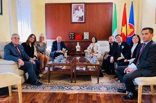 L'Italia vuole rafforzare i rapporti con il Vietnam