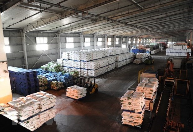 Vietnam-Laos trade continues flourishing