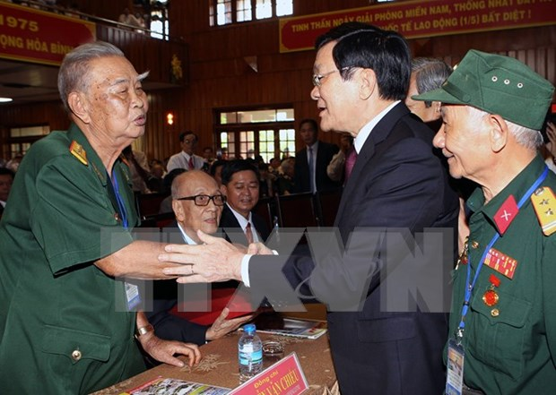 President reflects on historic 1975 victory hinh anh 1