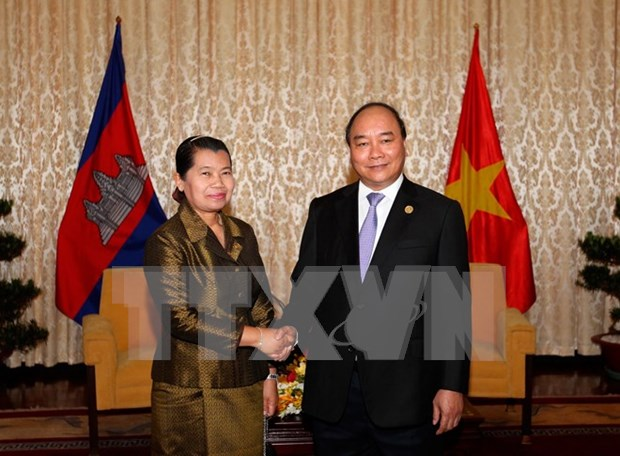 Deputy PM greets Reunification Day guests hinh anh 1