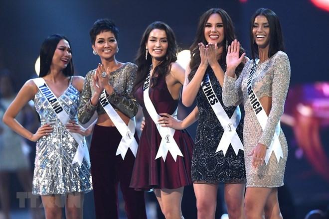 """Вьетнамская участница в ТОП-5 конкурса """"Мисс Вселенная 2018"""""""